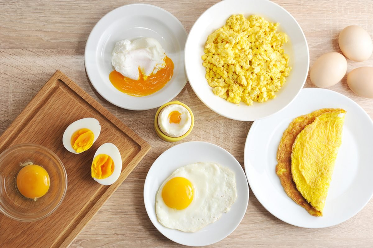 Various ways of cooking chicken eggs. Omelette, poached, soft-boiled, hard-boiled, fried, scrambled eggs.