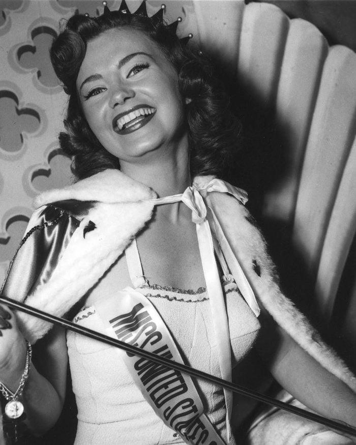 Miss USA 1952, Jackie Loughery