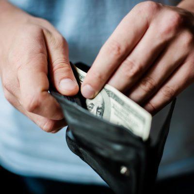 wallet hundred dollar bill