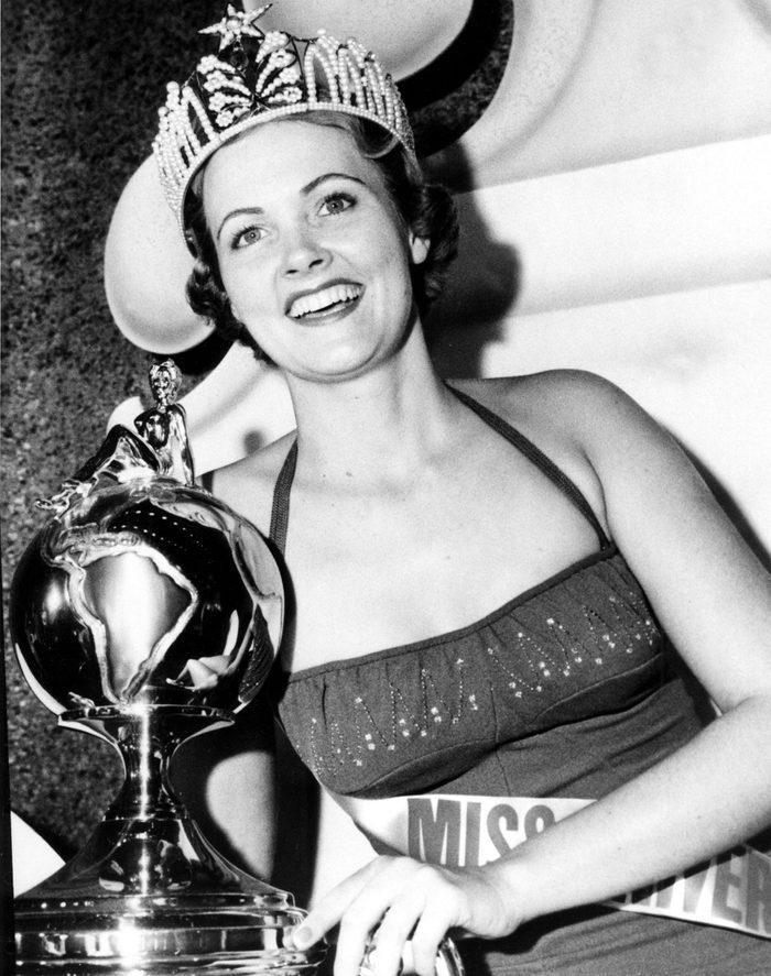 Miriam Stevenson, Miss USA 1954