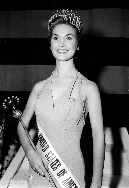 Eurlyne Howell, Miss USA 1958