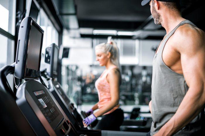 flirt couple gym