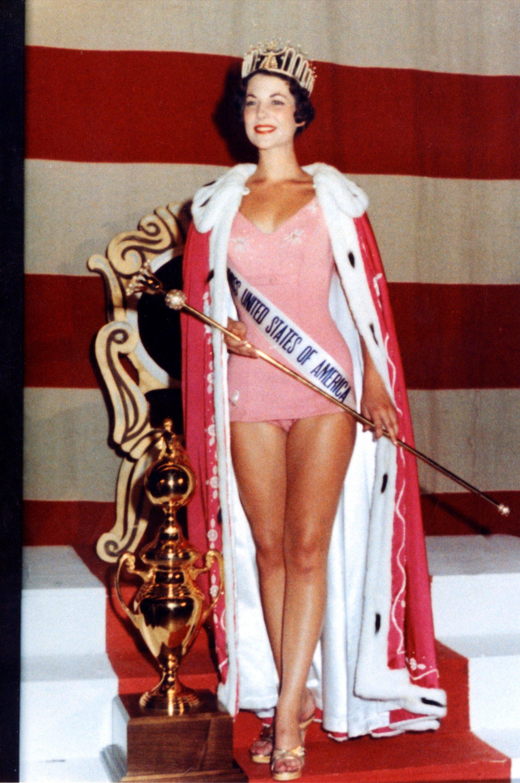 Miss United States of America 1959 Terry Lynn Huntingdon