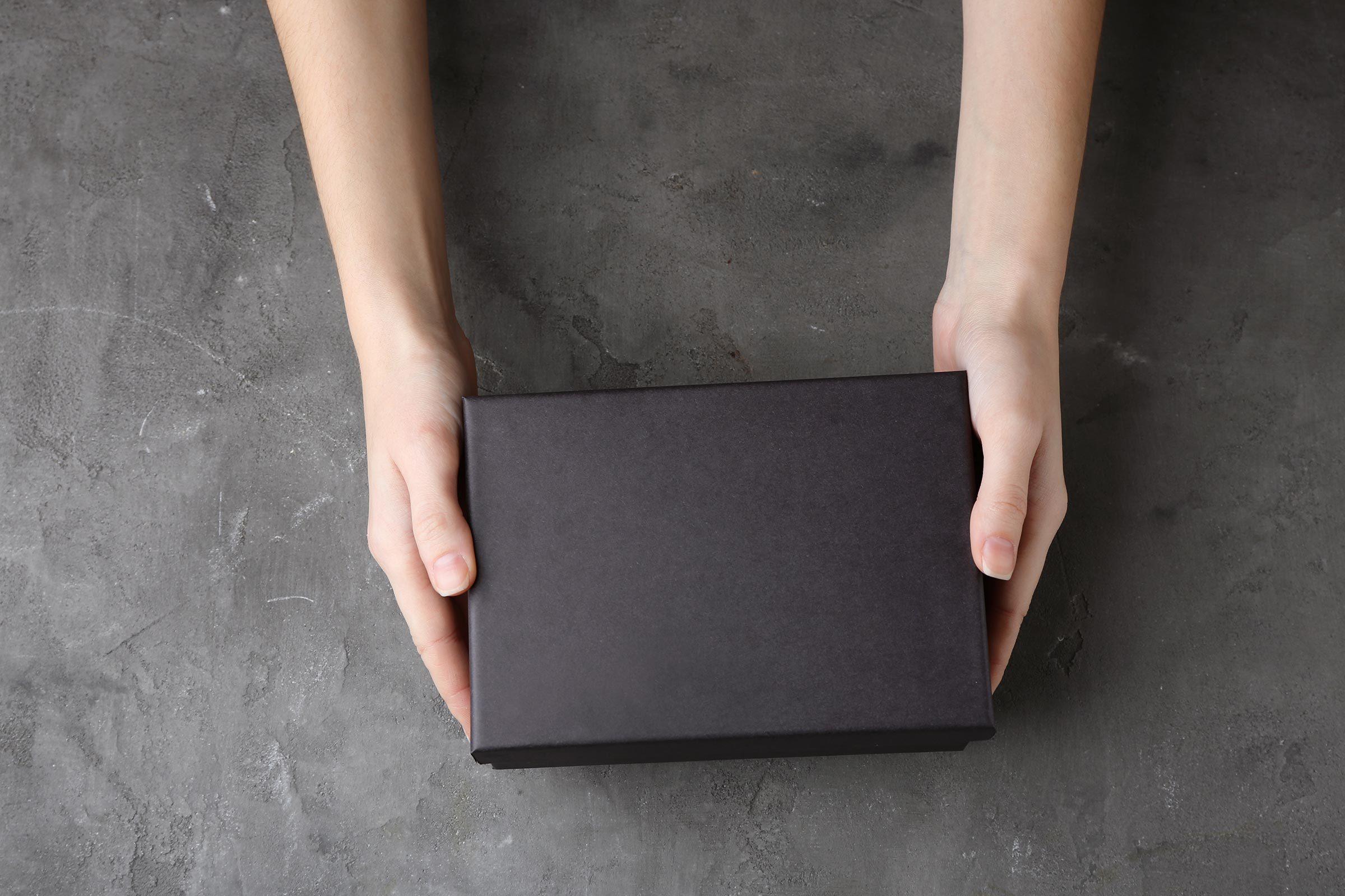 black shoe box hands