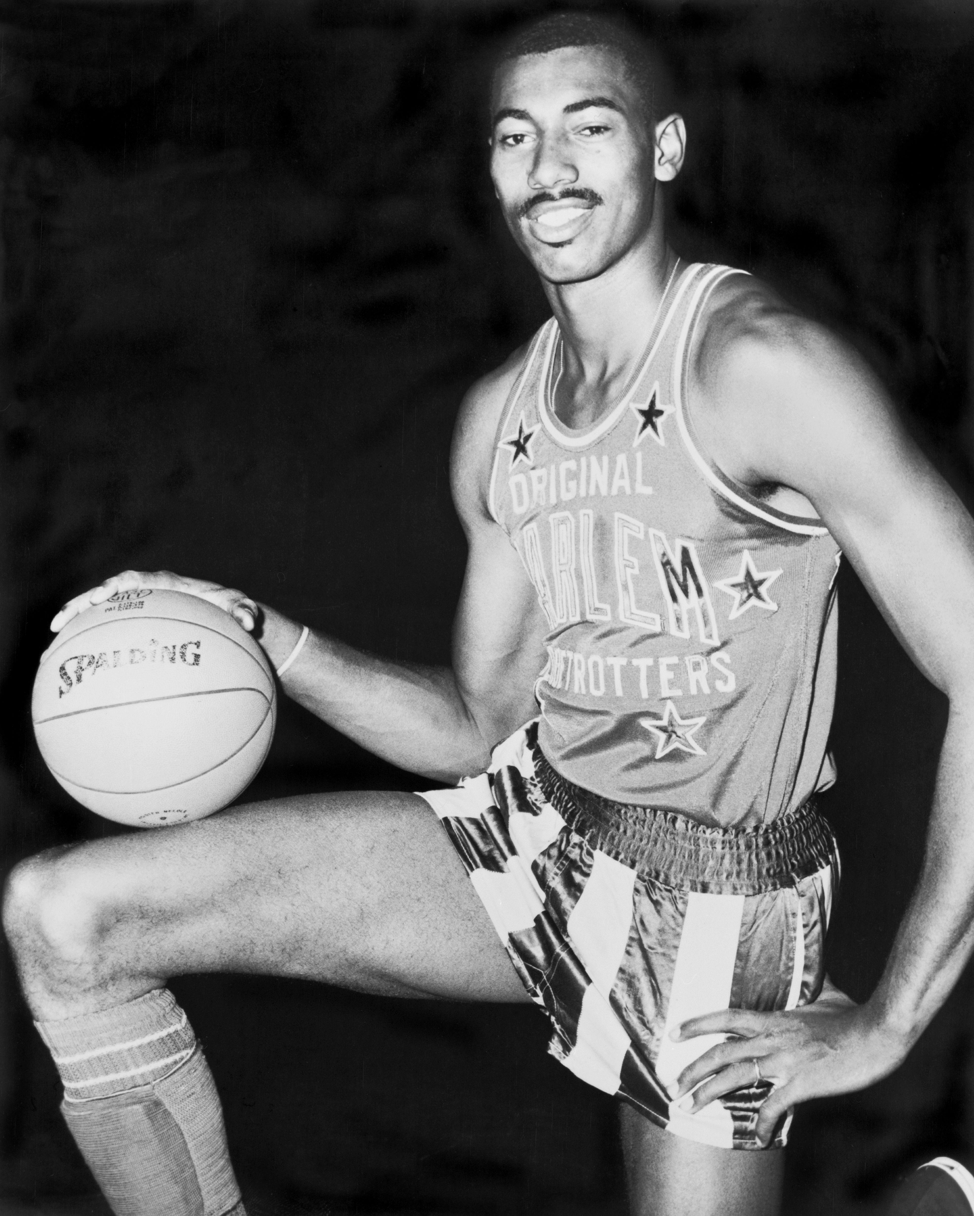 Chamberlain wearing a Harlem Globetrotters uniform