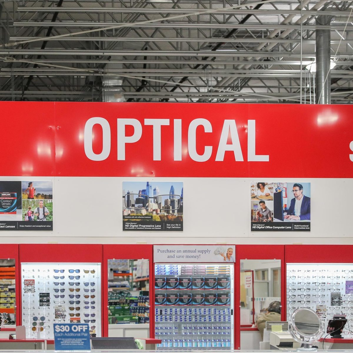 Why You Should Be Getting Your Eyeglasses at Costco
