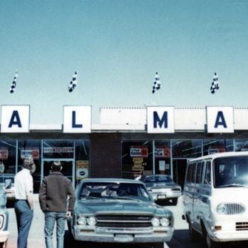 Here's What Walmart Looked Like When It First Opened In 1962