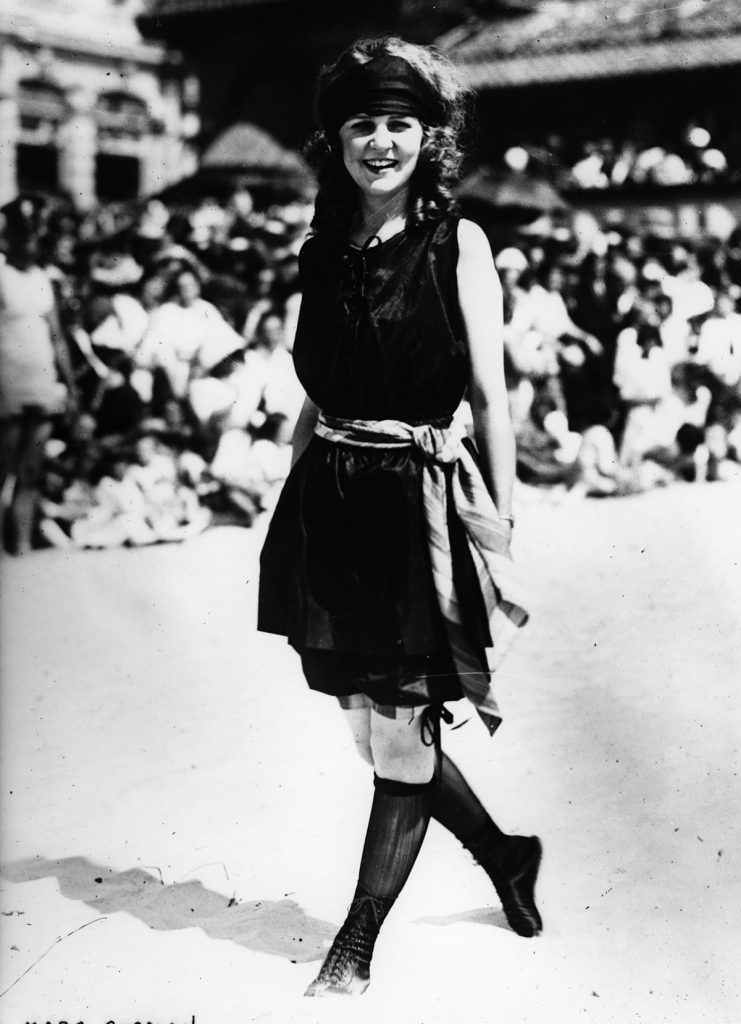 Art - various Margaret GORMAN 1905-1995, winner of the first Miss America pageant in 1921 at Atlantic City, New Jersey