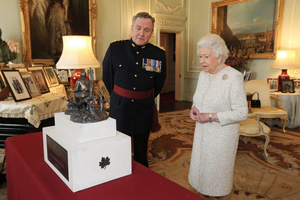 Audience at Buckingham Palace, London, UK - 19 Oct 2016