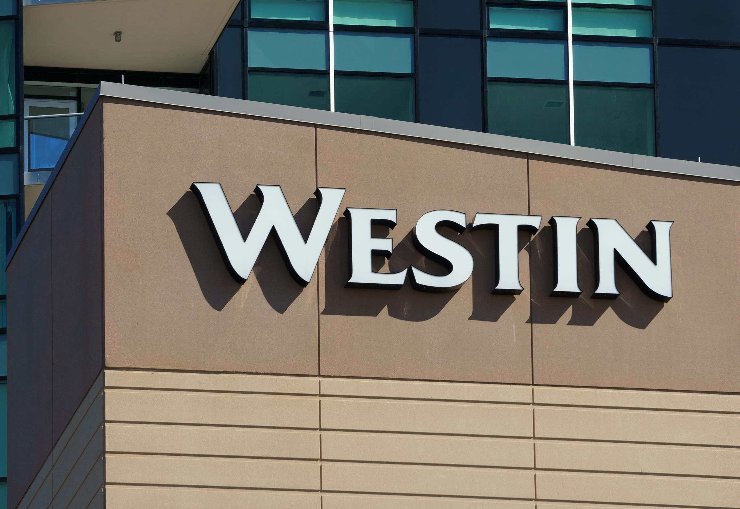 EDINA, MN/USA - AUGUST 11, 2015: Westin Hotel exterior. Westin Hotels & Resorts is an upscale hotel chain owned by Starwood Hotels & Resorts Worldwide.