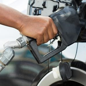 fill up car gas