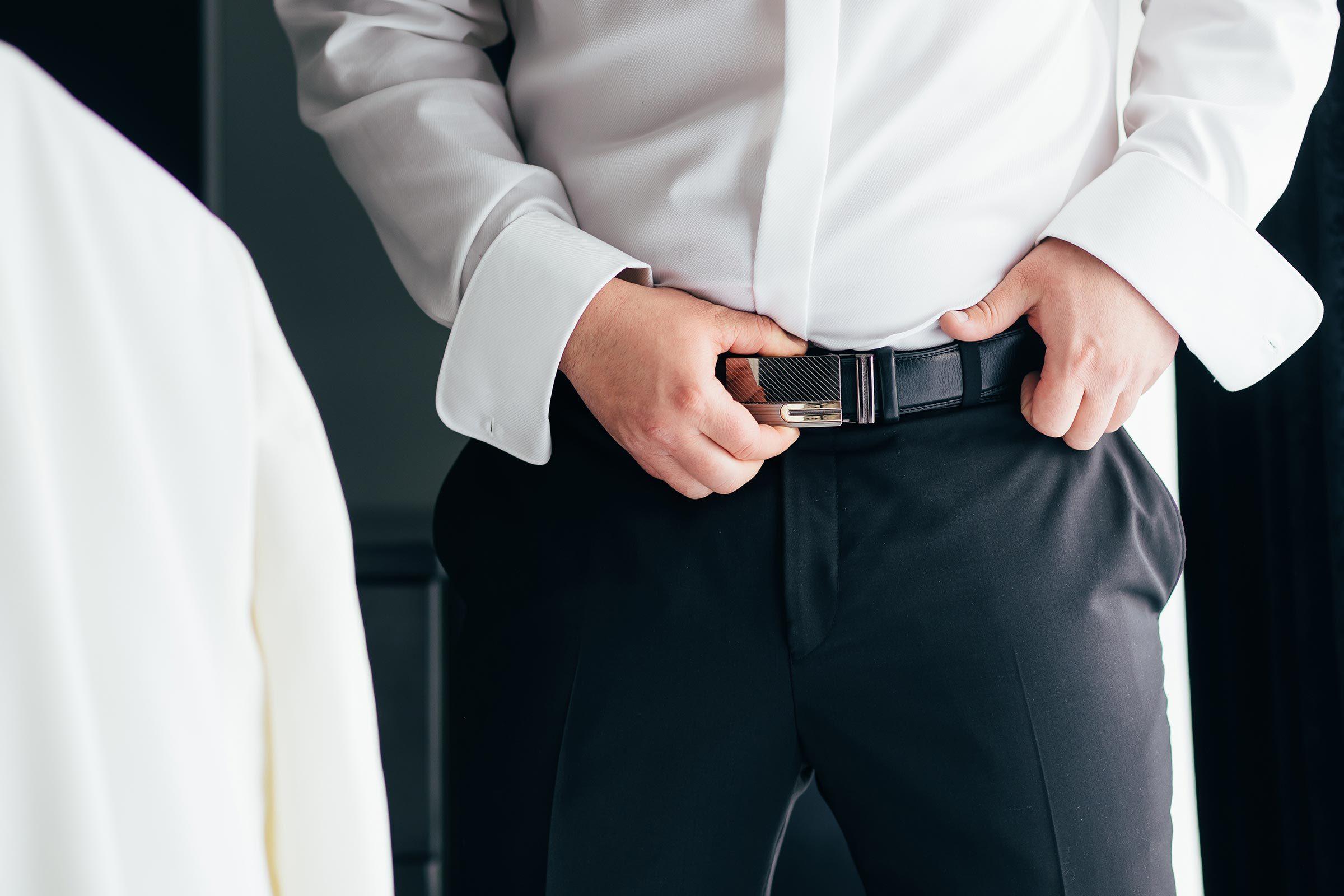 zip pants belt man