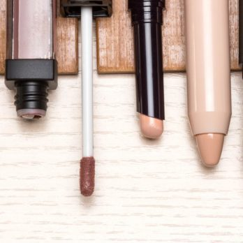 America's Best-Selling Concealer Has Over 5,000 Reviews—and It's Only $8