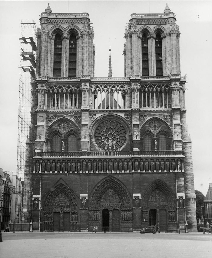 Notre Dame De Paris (ipa: [n?t? Dam D? Pa?i]; French For Our Lady Of Paris) Also Known As Notre Dame Cathedral Or Simply Notre Dame Is A Gothic Roman Catholic Cathedral On The Eastern Half Of The Ale De La Cita In The Fourth Arrondissement Of Paris F