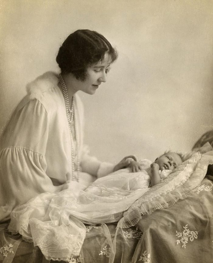Historical Collection 84 The Duchess of York Photographed with Her Eldest Baby Princess Elizabeth 1926