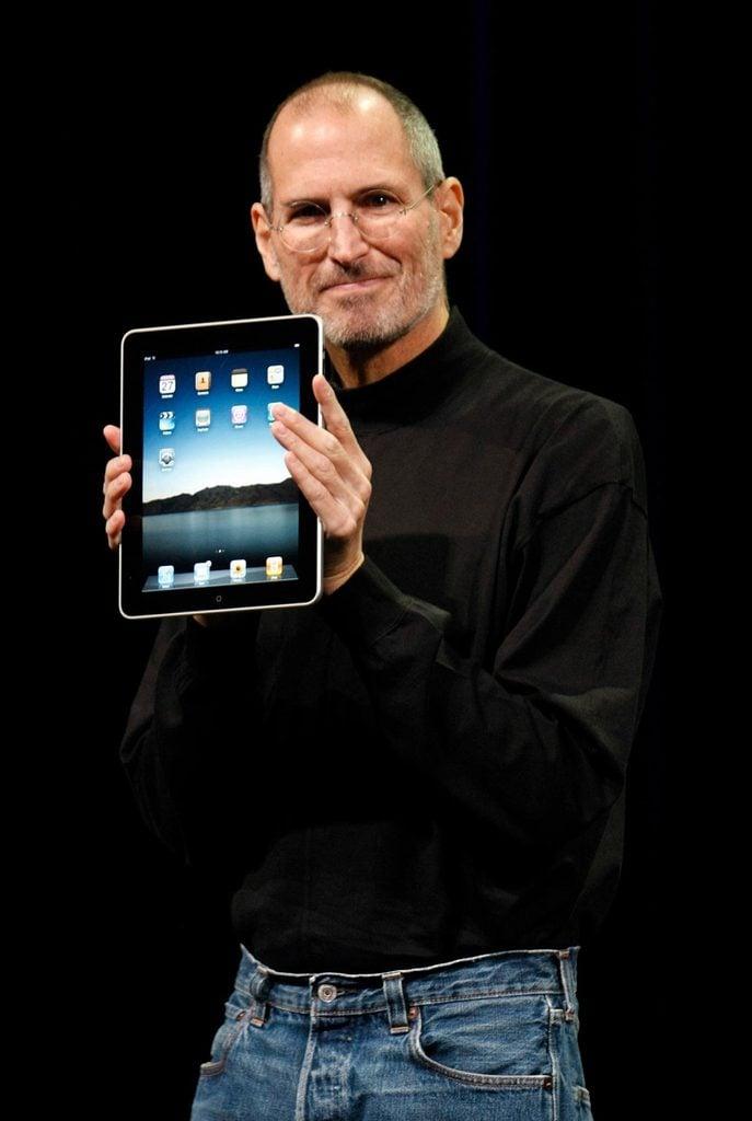 Trillion Dollar Apple, San Francisco, USA - 27 Jan 2010