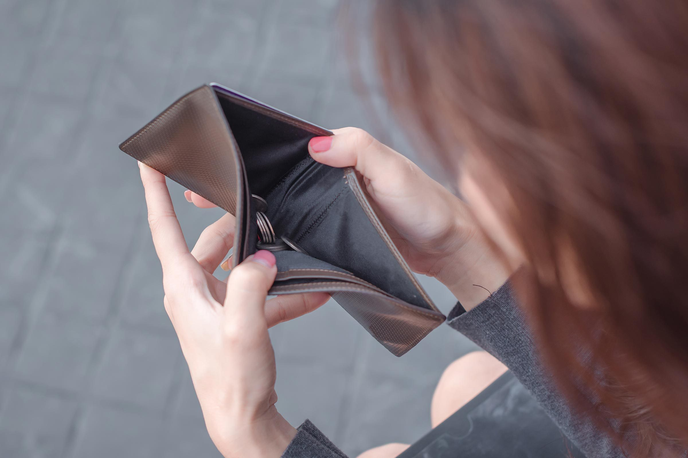 woman empty wallet