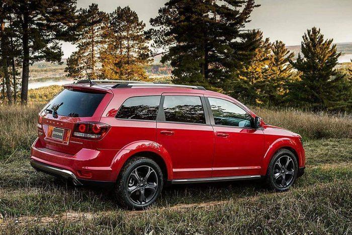 2019-Dodge-Journey-SE