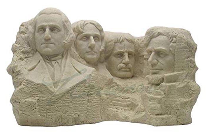 40_South-Dakota--Mount-Rushmore-sculpture