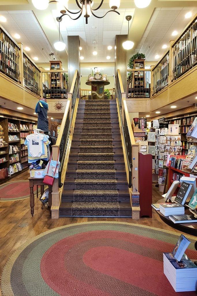 mitzi's bookstore south dakota