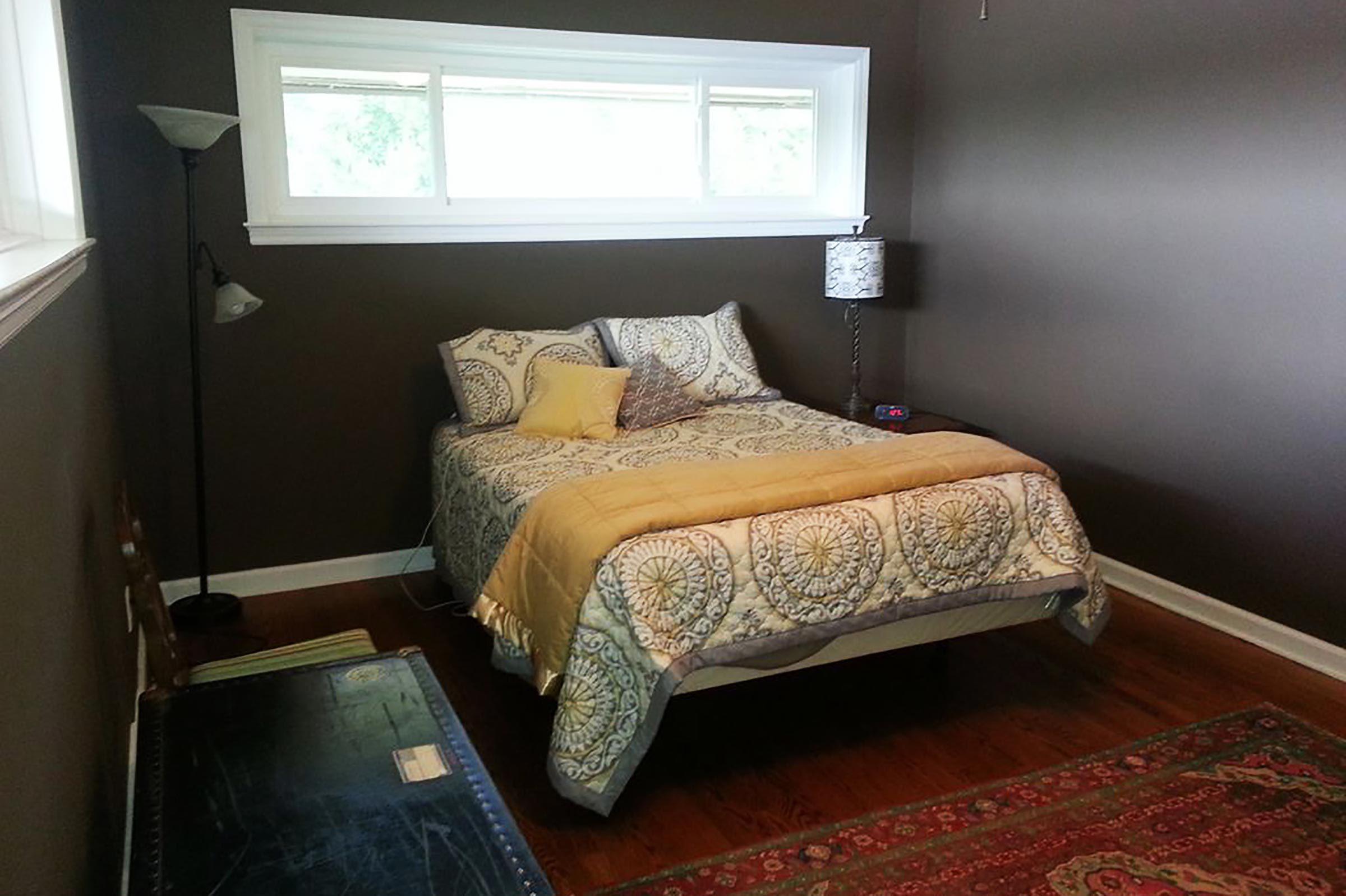 Sheffield, Alabama bedroom