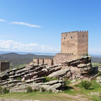 13 Amazing Castles from Game of Thrones You Can Visit in Real Life