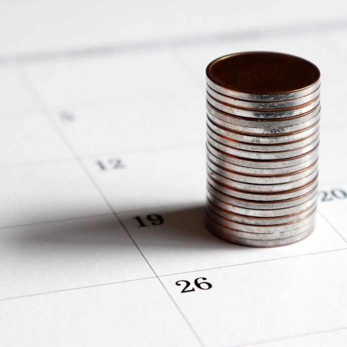 This Is the Best Time to Pay Your Bills