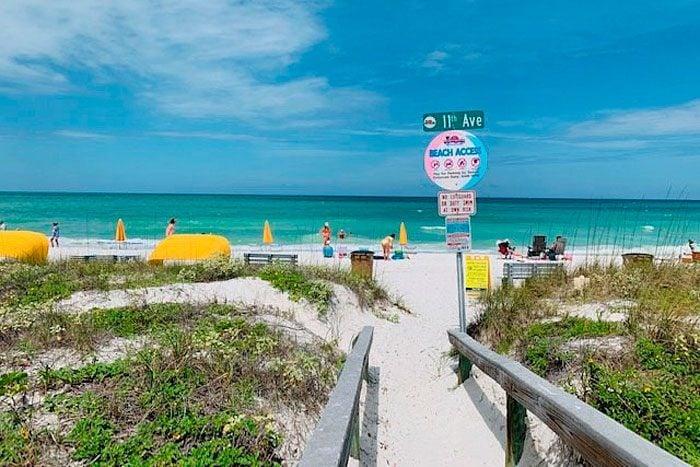 Pass-a-grille Beach Access, St Pete Beach, Florida