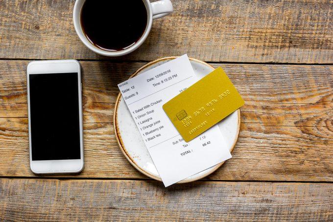 restaurant check pay