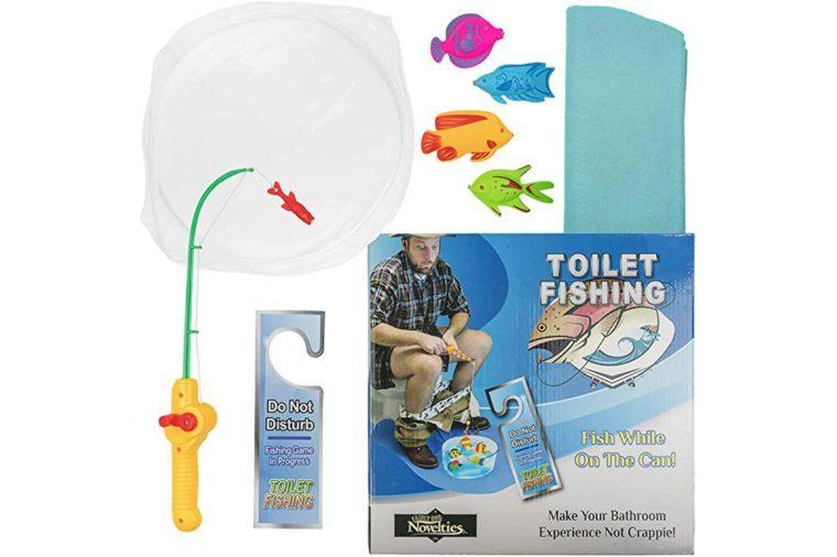 06_Toilet-fishing
