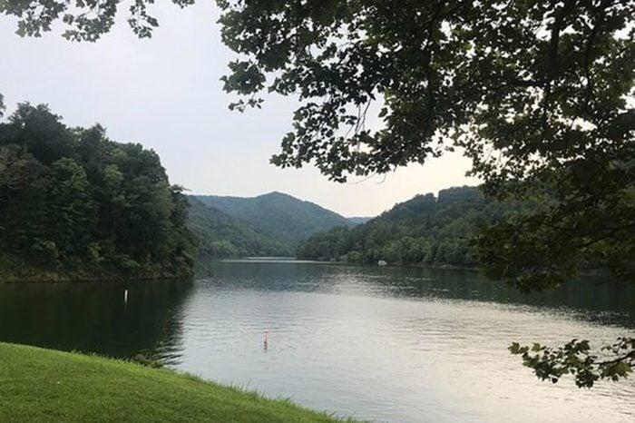 16_KentuckyBuckhorn-LakeBuckhorn