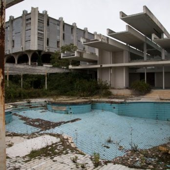10 Abandoned Hotels That Will Give You Chills