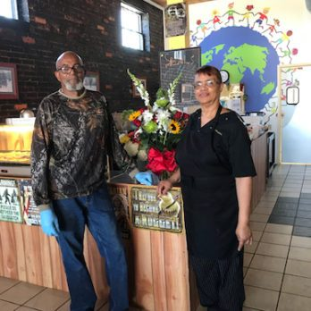 The Nicest Place in Alabama: Drexell & Honeybees Donations Only Restaurant