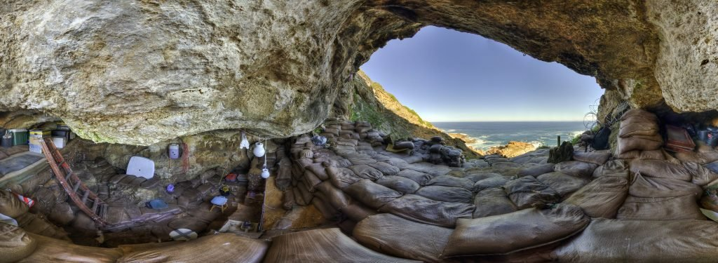 Blombos-Cave-Interior
