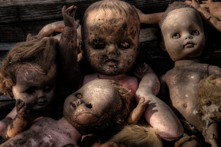 Creepy old dolls found in an abandoned Minnesota Farmhouse