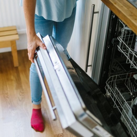 15 Things You Never Knew You Could Put in the Dishwasher