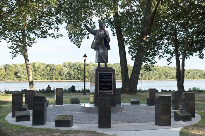 Harriet-Tubman-statue-along-Bristol-waterfront