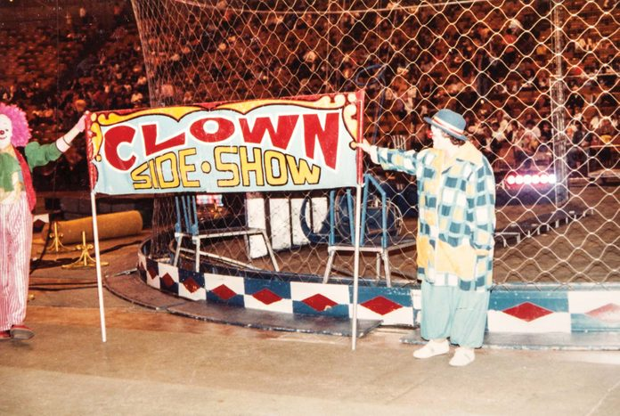 Clown side show contest