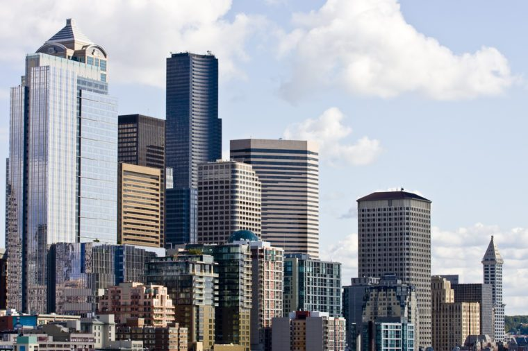 The skyline of Seattle on a bright sunny day