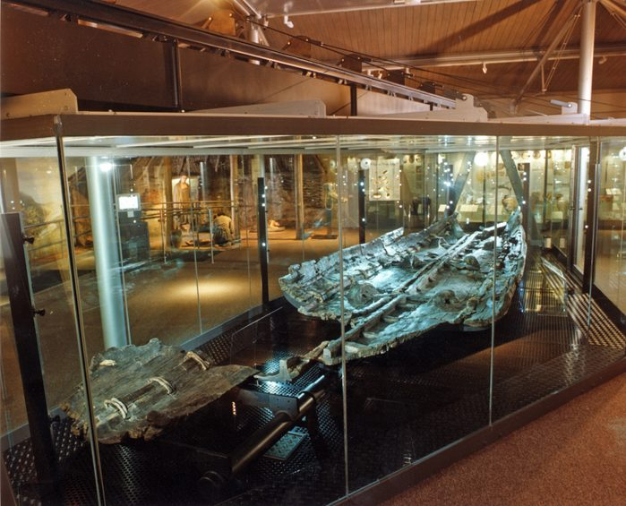 seagoing boat 3500 years old