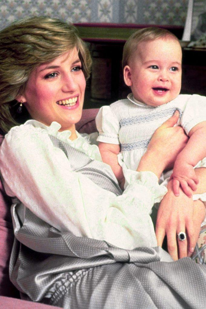 صور الاميرة ديانا رفقة ابنها ويليام