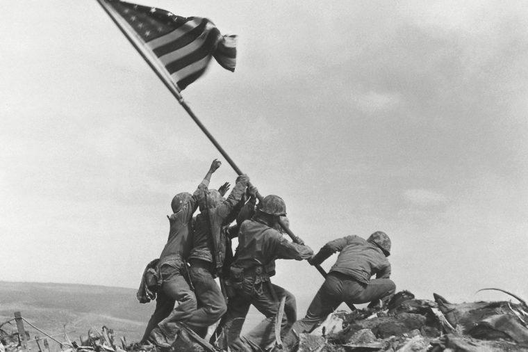 raising the flag iwo jima