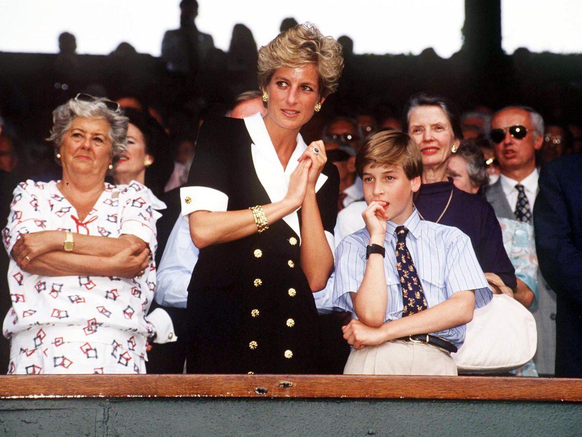 13 Rarely Seen Photos of Prince William with Princess Diana