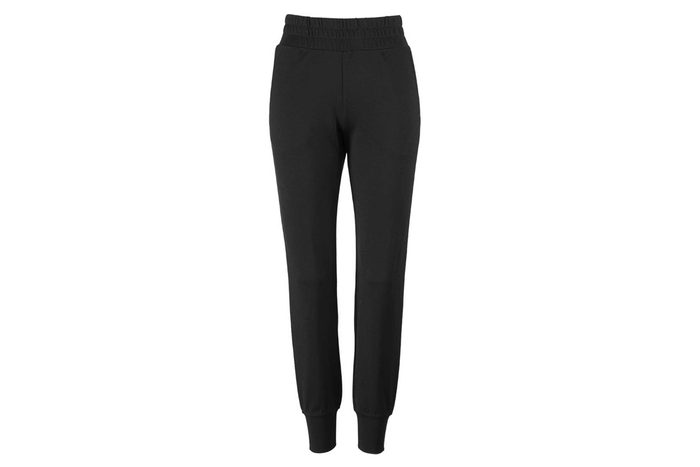 04_No,-leggings-are-not-an-option