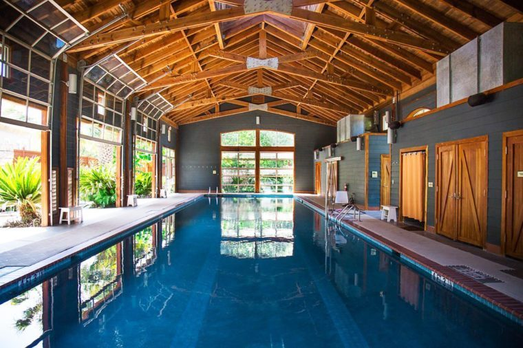 9_indoor-pool-at-the-spa