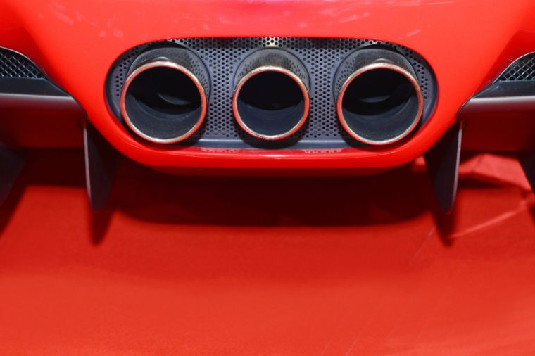 Exhaust pipes super car