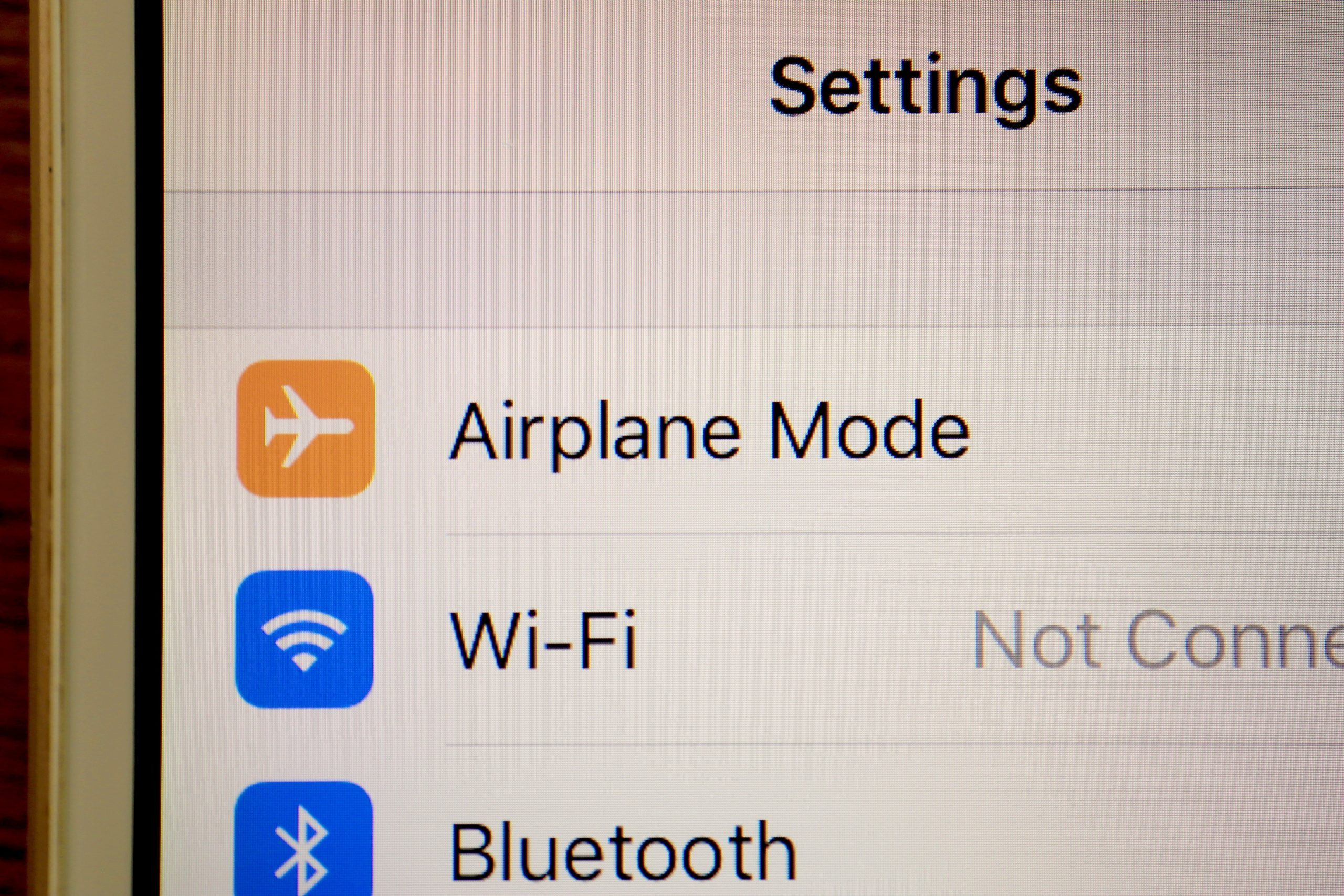 Why You Should Use Airplane Mode During Flights Reader S Digest