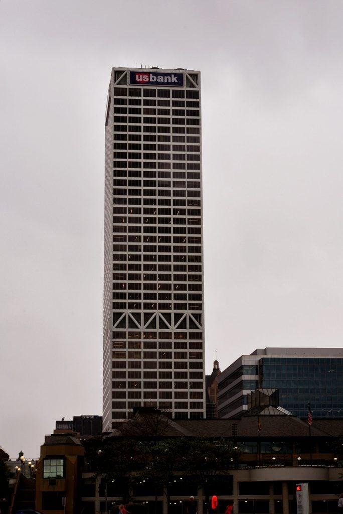 Wisconsin: U.S. Bank Center, Milwaukee