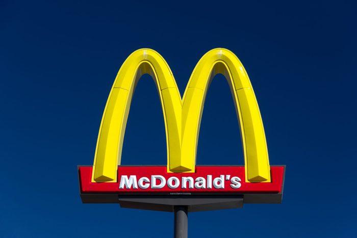 McDonald's restauraunt sign