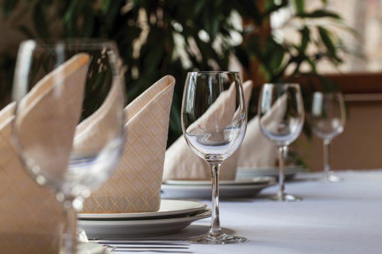 table setting glasses